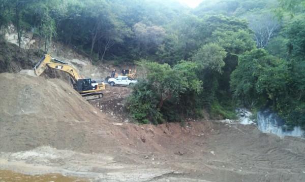 dycusa minera media luna 14