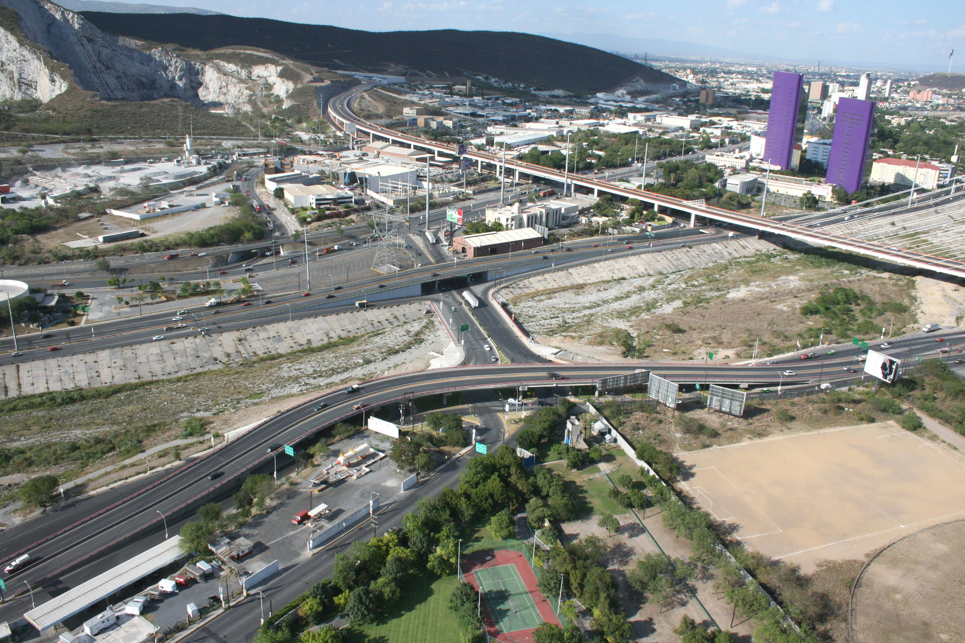 dycusa_puente-_vehicular_santa_barbara